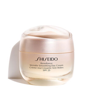 Wrinkle Smoothing Day Cream SPF 25 - Shiseido, Benefiance